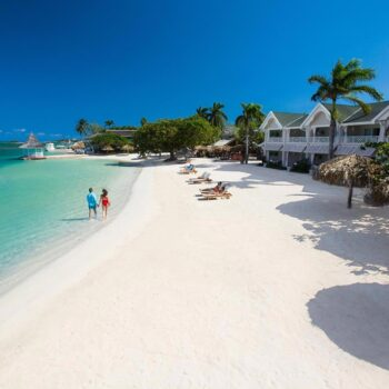 Sandals-Royal-Caribbean-Beachview
