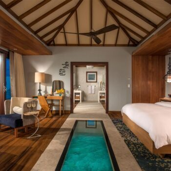 Sandals-Royal-Caribbean-Overwater-Bungalow