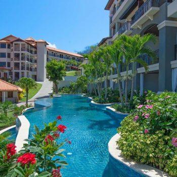 Sandals-Grenada-Swimup-Pool