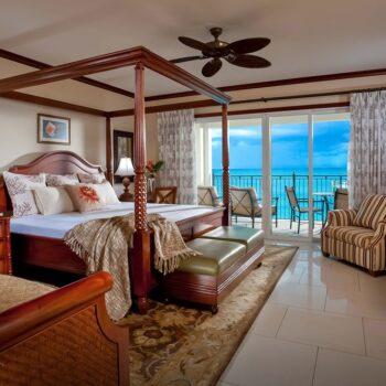 Beaches-Turks-and-Caicos-italian-village-suite